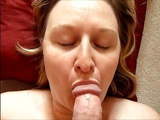 Mature wife Jayne takes her first facial...